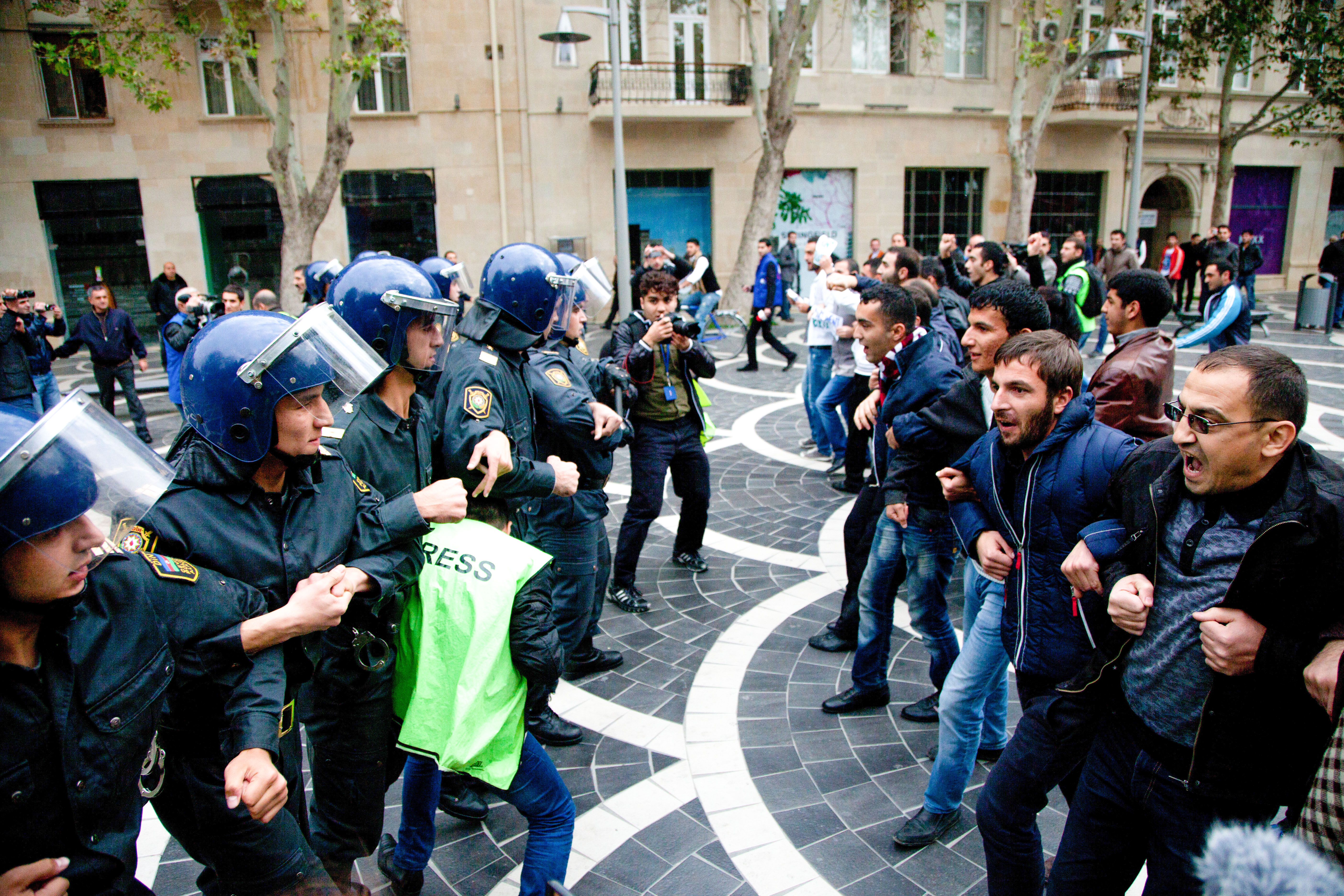 Human Rights In Azerbaijan Chronicles Of A Crackdown Heinrich Boll Stiftung